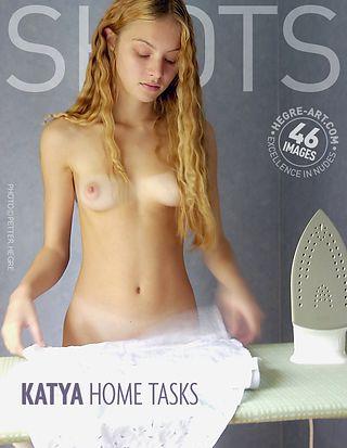 Katya tâches ménagères