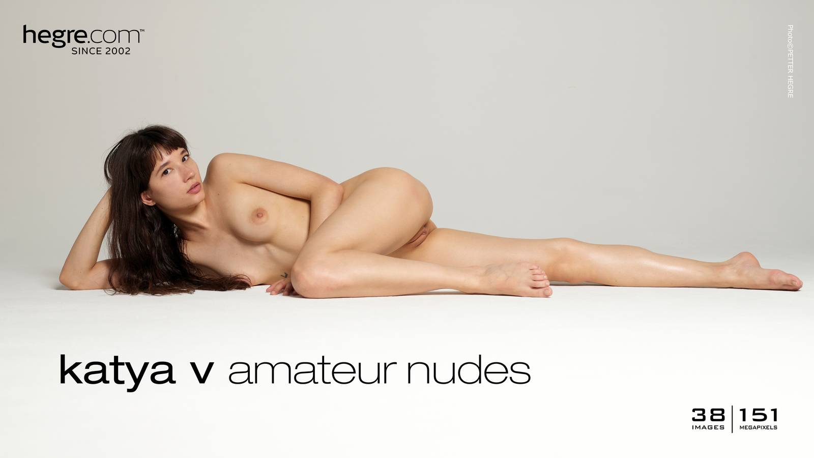 naked amatuer women in united arab emirates