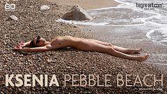 Ksenia galet de plage