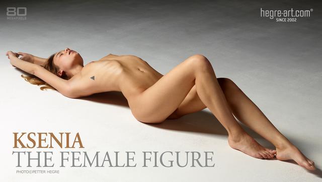 Ksenia la silhouette féminine