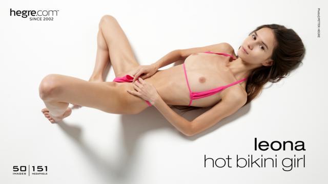 Leona hot bikini girl