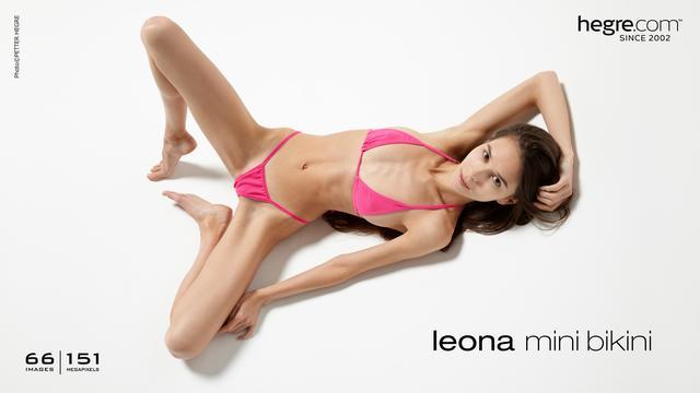 Leona Minibikini