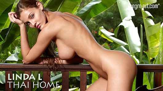 Linda L thai home