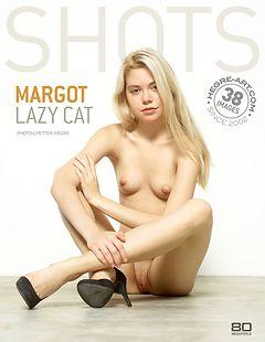Margot lazy Cat