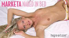 Marketa nackt im Bett