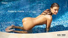 Melena Maria sexy brillante