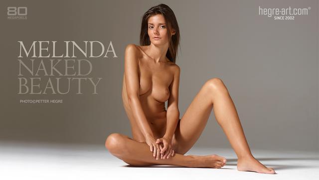 Melinda beauté nue