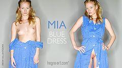Mia vestido azul