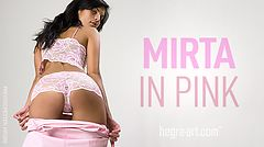 Mirta in pink