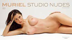 Muriel desnudos de estudio