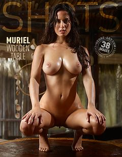 Muriel wooden table