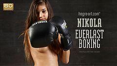 ニコラ エバーラスティング ボクシング