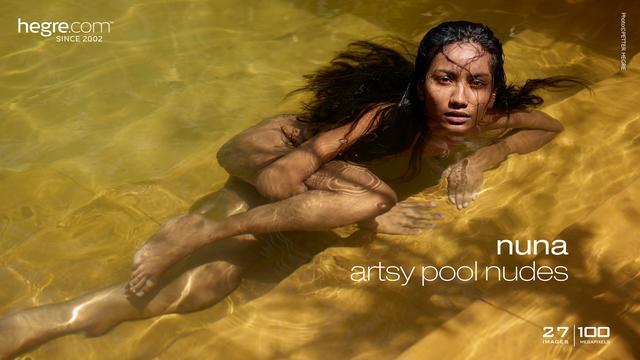Nuna Künstlerischer Akt am Pool