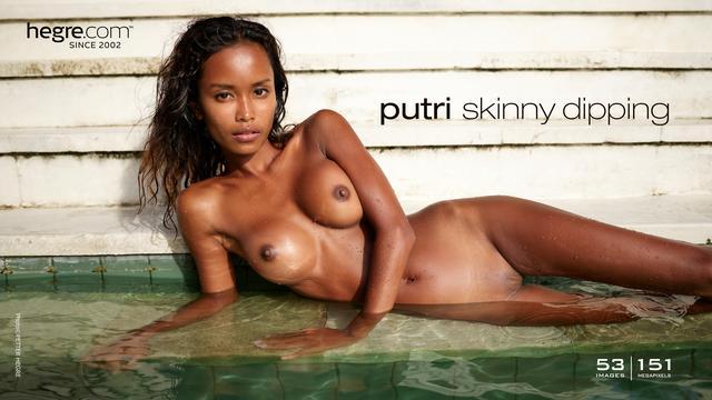 Putri skinny dipping