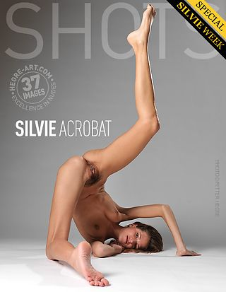 Silvie acrobat