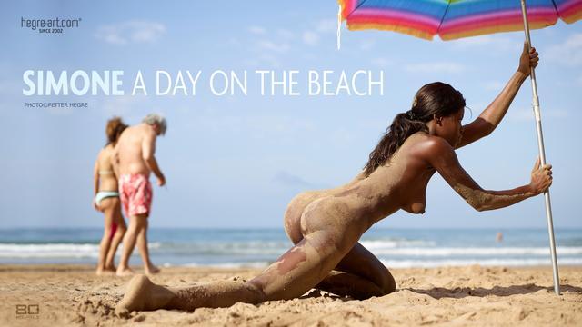 Simone a day on the beach
