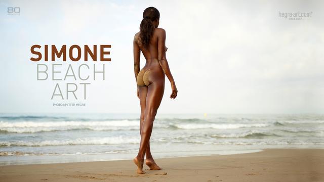 Simone beach art