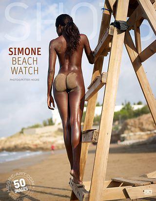 Simone sur la plage