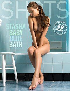 Stasha baño azul celeste