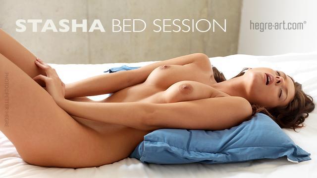 Stasha sesión en la cama