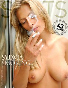 Sylwia cigarette en main