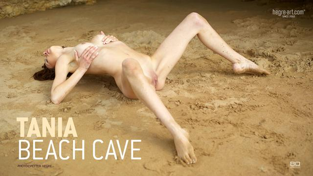 Tania grotte de plage