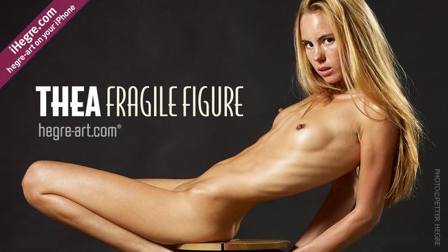 Thea frágil figura