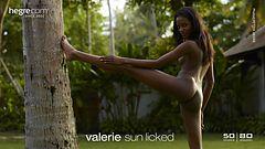 Valerie sonnengeleckt