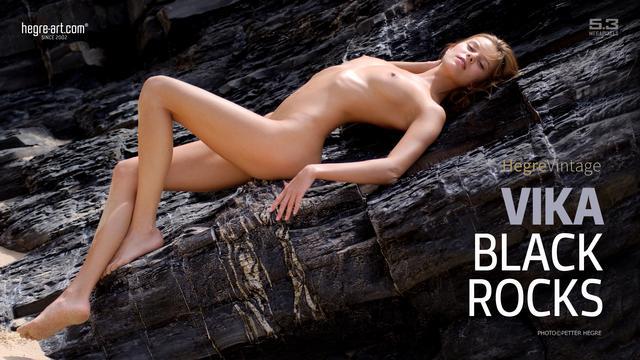 Vika black rocks