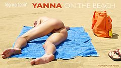 Yanna en la playa