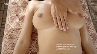 Outdoor-sensual-massage-09-320x