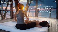 Klimax-Massage bei Sonnenuntergang