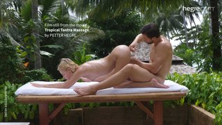 Tropical-tantra-massage-21-320x