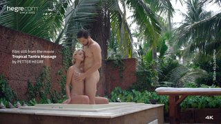 Tropical-tantra-massage-32-320x
