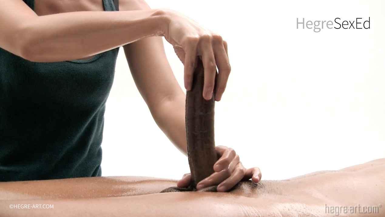 The-art-of-penis-pleasing-6-content-image-fullsize